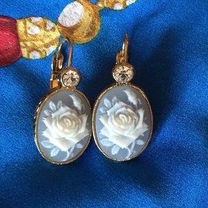Avon Vintage Blue & White Rose Cameo Earrings